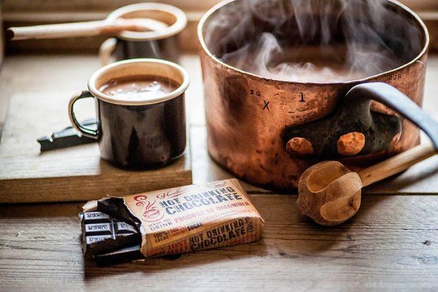 hasslachers-solid-bar-250g-chocolate-pan